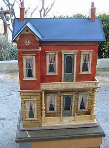 Gottschalk doll house