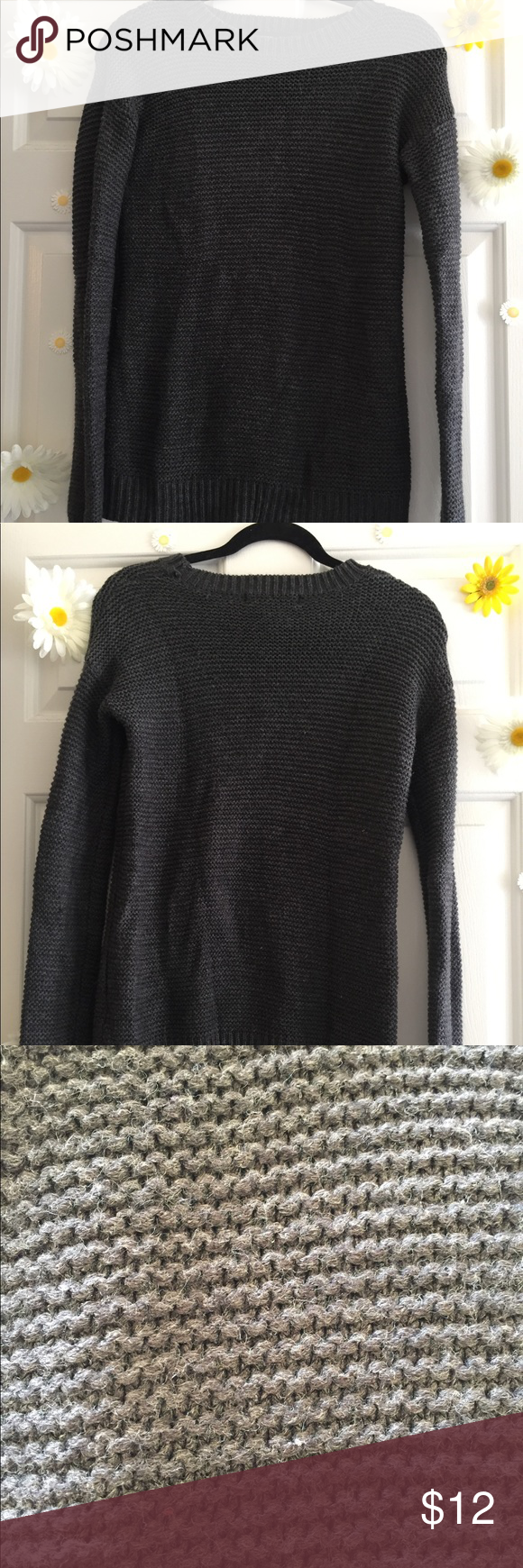 Fall sweater Warm and perfect for the fall. A bit chunky so it makes it super comfy Forever 21 Sweaters