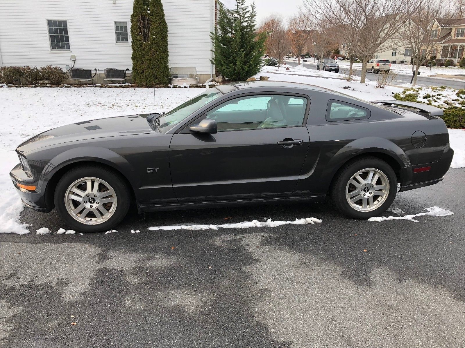2007 Ford Mustang GT Deluxe | US Ford Mustang | Pinterest | Ford ...