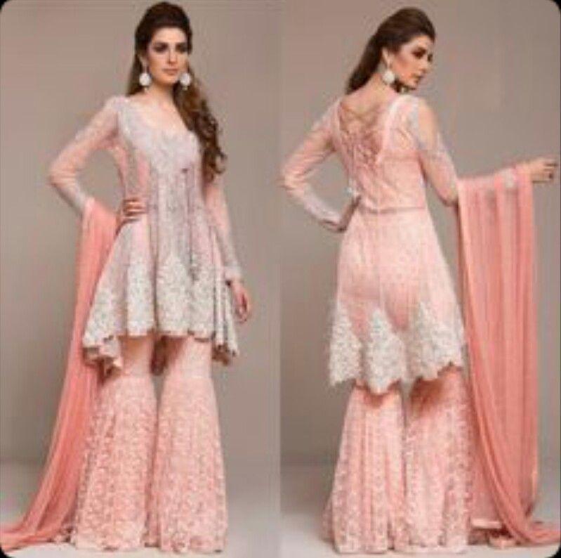 Pin de Pooja Arora en Dresses | Pinterest