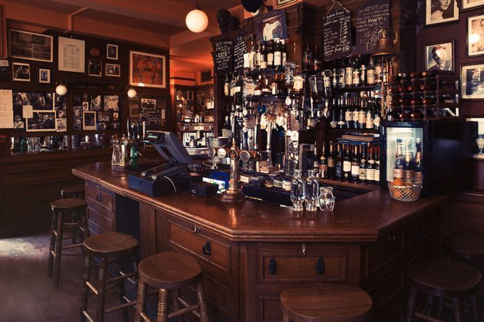 Tales from the bar - a tour of London\'s \'great pubs\' | Soho, Barrels ...