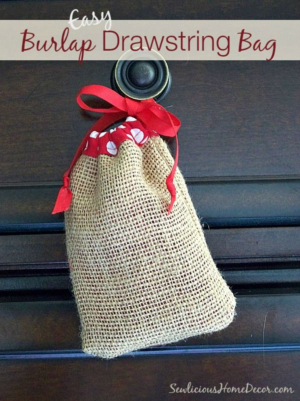 Easy #Burlap Drawstring Bag Tutorial | http://sewlicioushomedecor.com