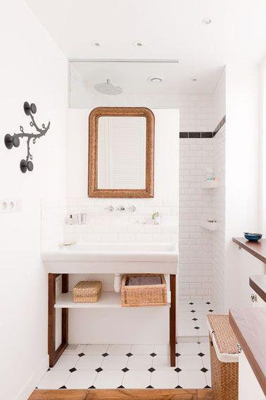 12 déco de petites salles de bain qu\u0027on adore Mini sdb Pinterest