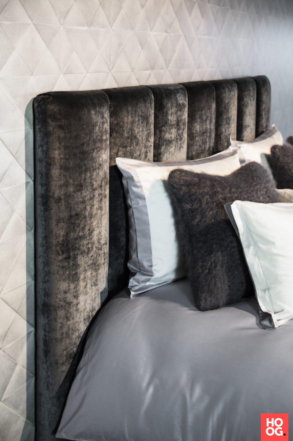 Design slaapkamer met luxe bed | Osiris Collectie - Nilson Beds - Ontwerp: Osiris Hertman | slaapkamer design | bedroom ideas | master bedroom | Hoog.design