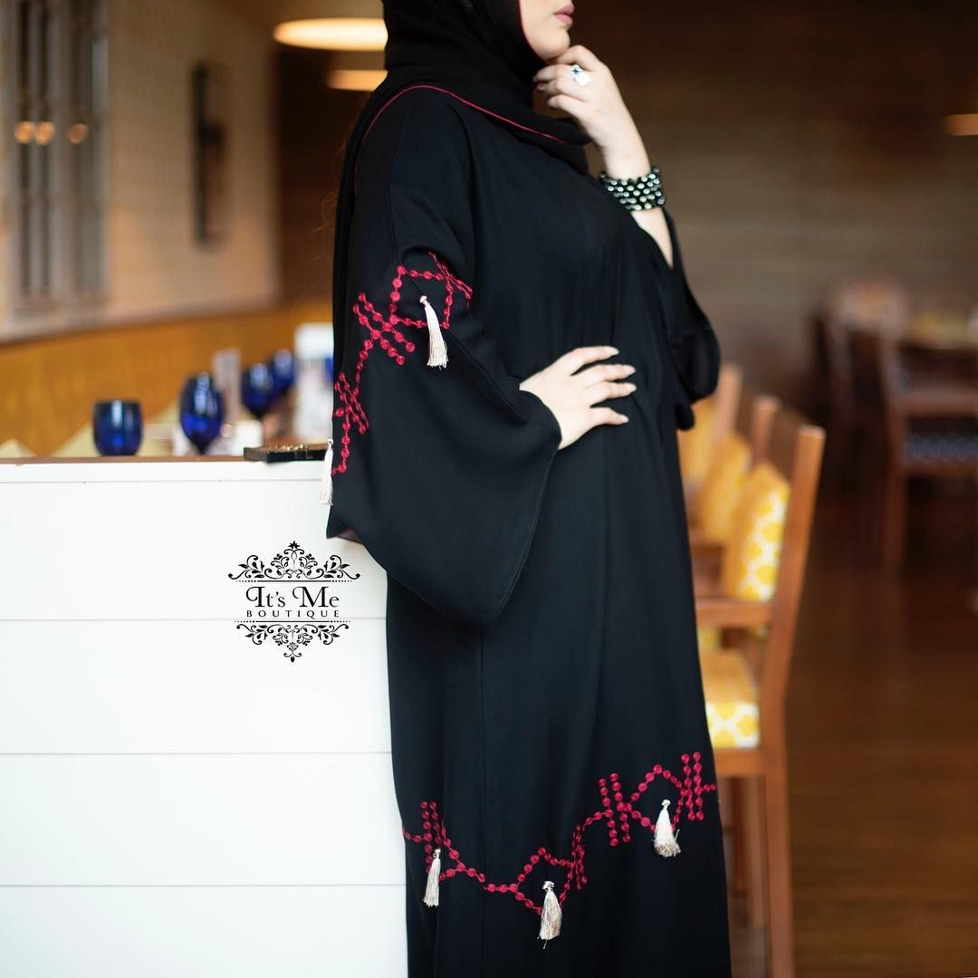 287 Likes 6 Comments Subhan Abayas Subhanabayas On Instagram Repost Itsme Boutique عباية للمناسبات مشغولة بقماش My Boutique Abaya Boutique