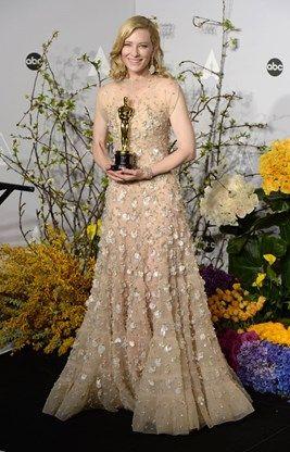 De duurste outfit dat jaar zou die van Cate Blanchett geweest zijn: haar jurk van Armani, haar juwelen van Chopard (met 62 opalen verwerkt in witgoud) zouden samen zo'n 15 miljoen euro waard zijn.