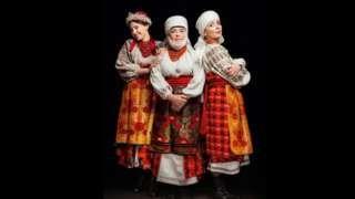 #Ukrainian #Style #Spirit of #Ukraine #АдаРоговцева з донькою #КатериноюСтепанковою і онукою Дашею