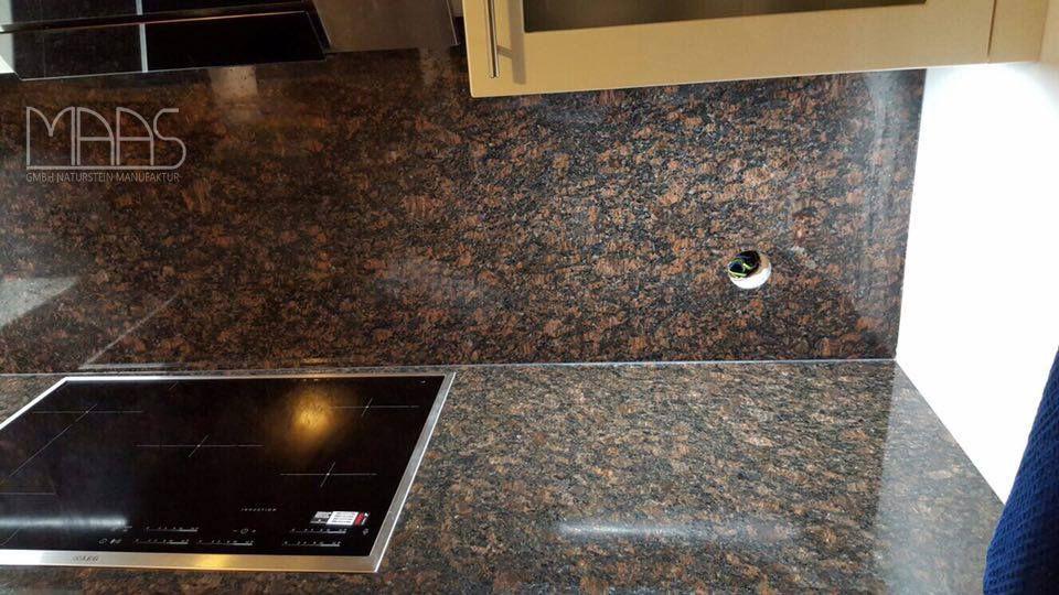 Wunderschöne #Granit #Tan #Brown #Küche mit #Rückwänden Mehr - arbeitsplatten granit küche