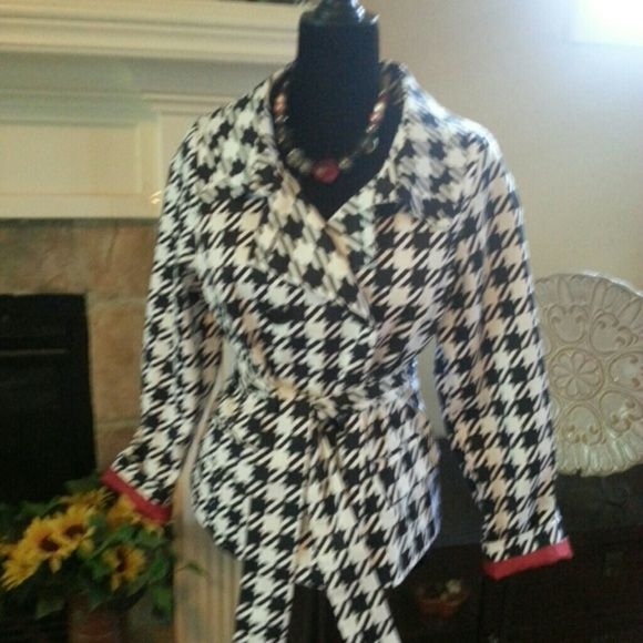 Robert Louis Jackets & Coats - Robert Louis red lined black and white jacket