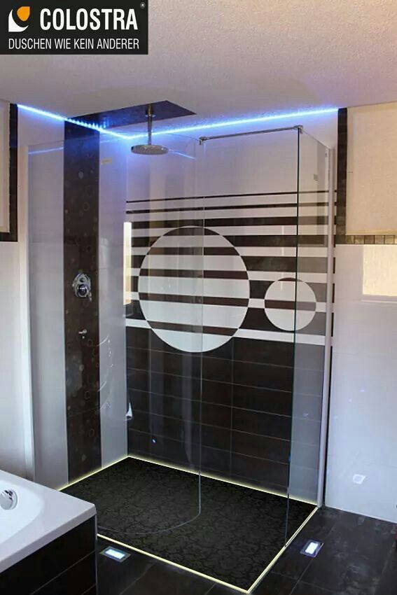 bodengleiche dusche mit led bodengleiche dusche mit led und unsichtbaren ablauf pinterest. Black Bedroom Furniture Sets. Home Design Ideas