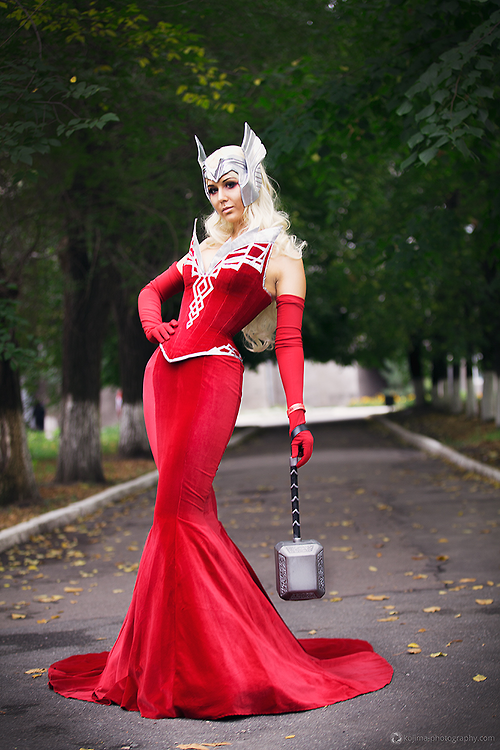Lady Thordis - Marvel Universe Cosplay by Lady Narven