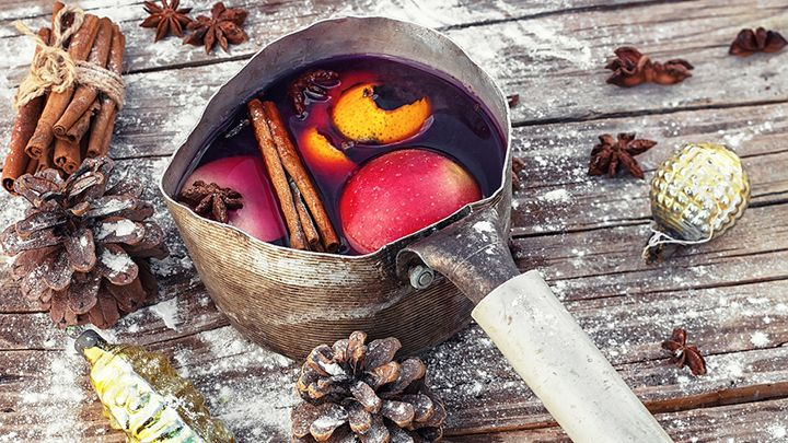 If you want to know how to serve mulled wine correctly, we've got some advice to help you out.