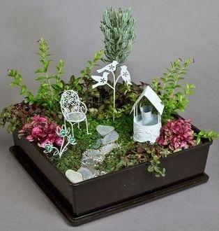 Fairy Garden Container Ideas zerbrochene tpfe newlife mini fairy gardens Indoor Fairy Garden More