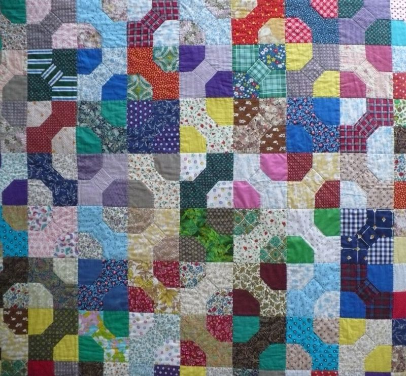 Google Image Result for http://thelittleredhen.typepad.com/.a ... : bow tie quilt block - Adamdwight.com
