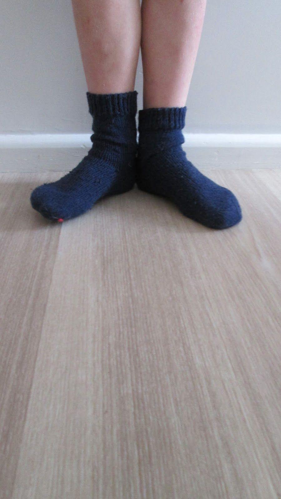 knitting socks on two needles done! | Socks / footwear / legwarmers ...
