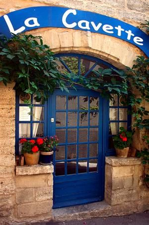 abriendo-puertas:    Southern France. By Judith Baker