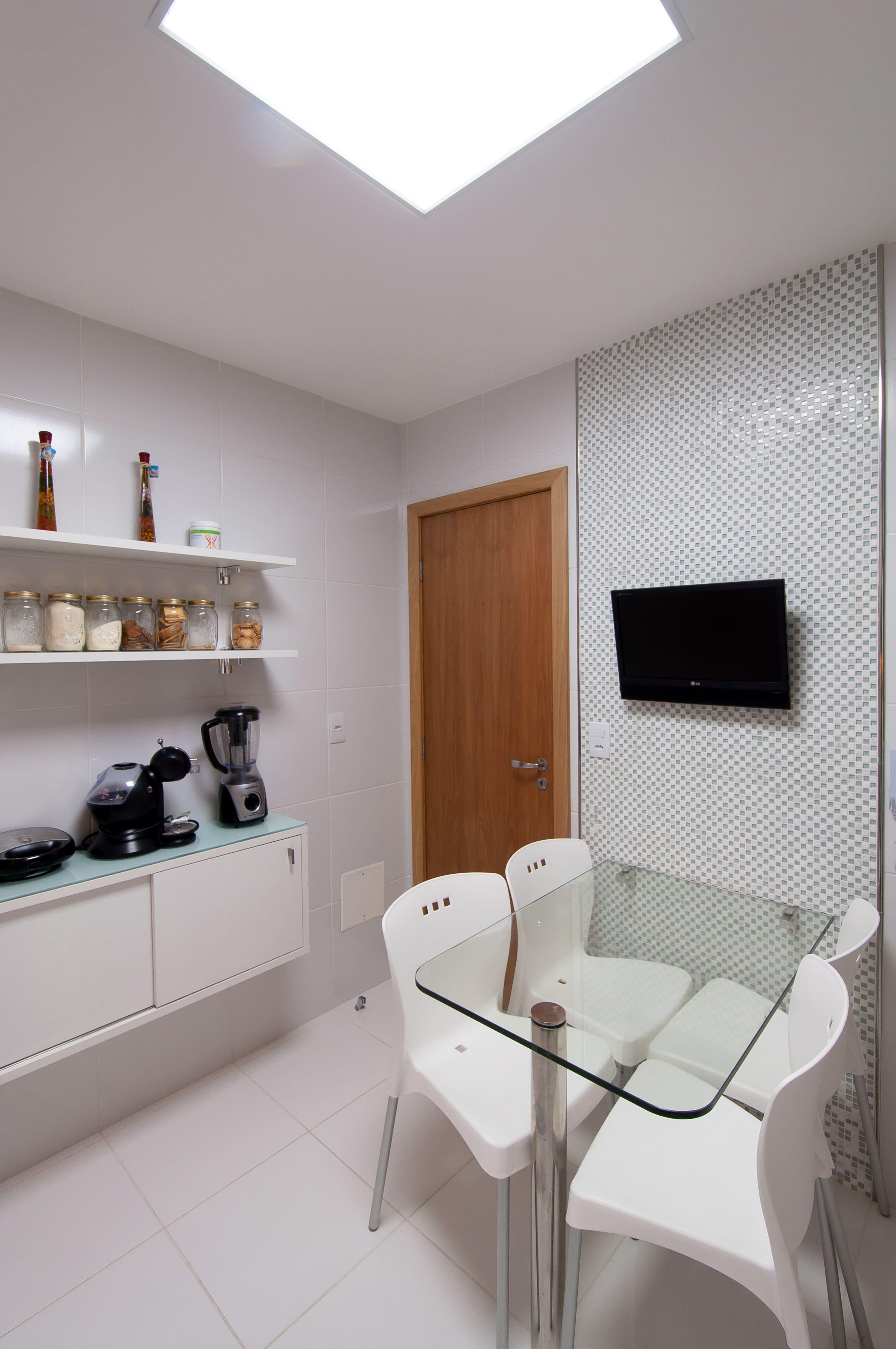 Cozinha Clean Com Predominancia Do Branco Na Parede Painel Para