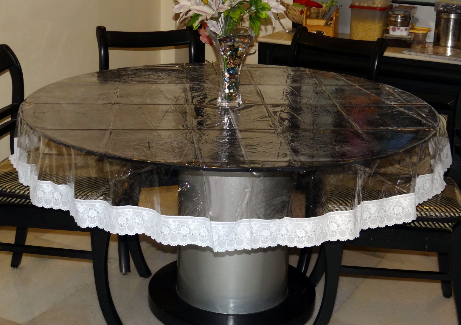 Round Coffee Table Cover Ideas 7