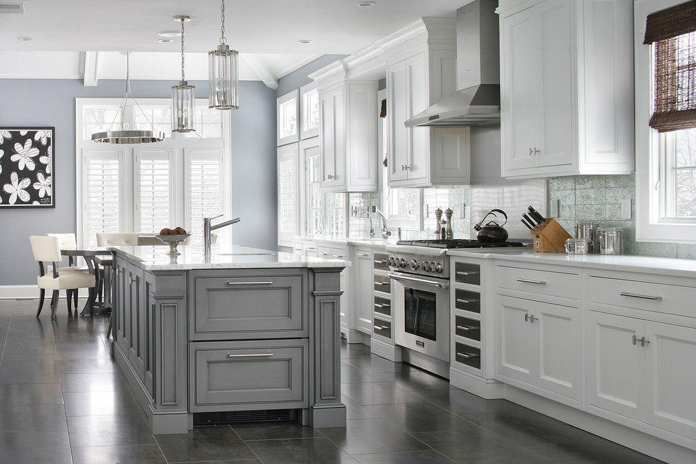 Transitional Design Ideas With Chandelier Kitchen Island