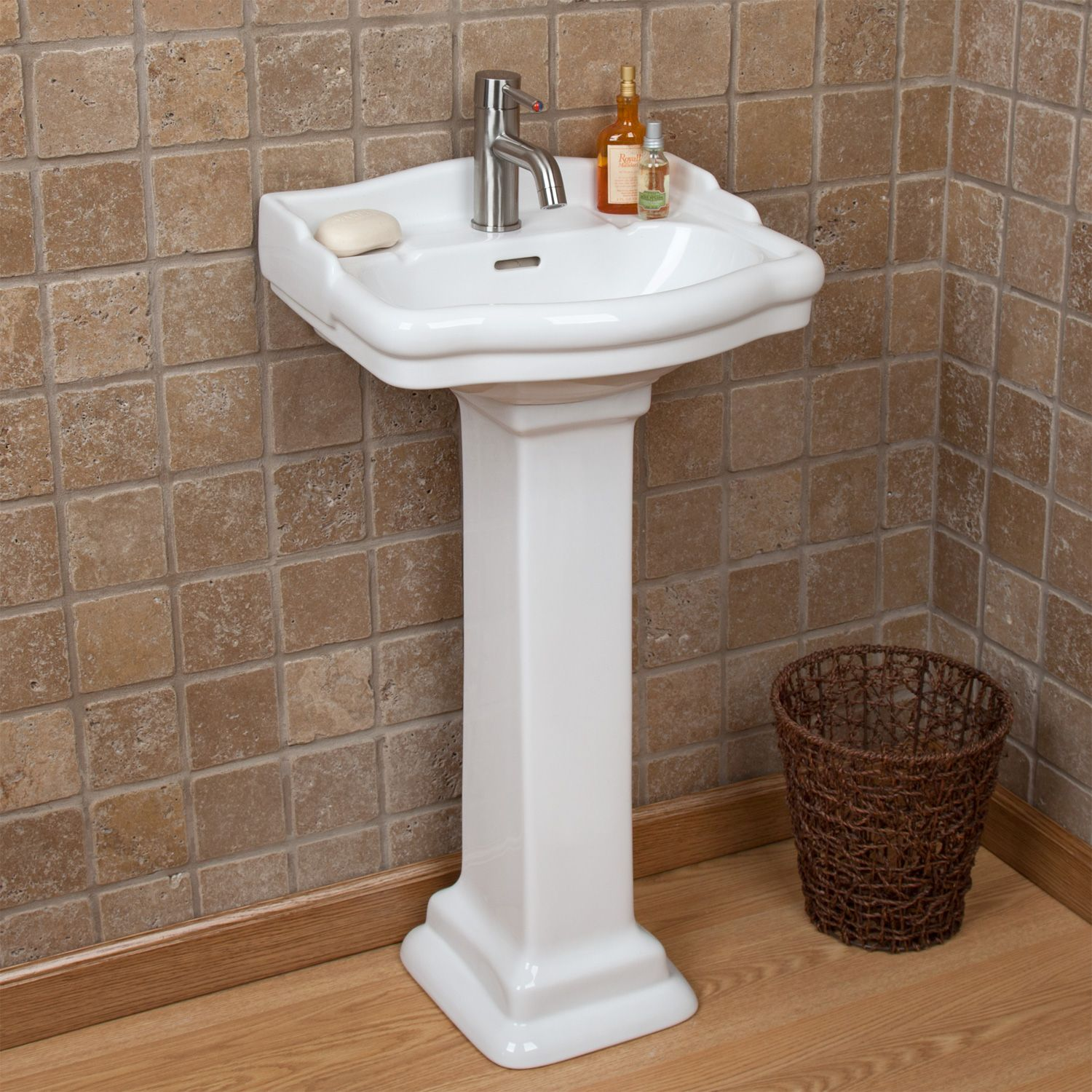 $268   Stanford Mini Pedestal Sink With Single Faucet Hole Overall  Dimensions 18 1/