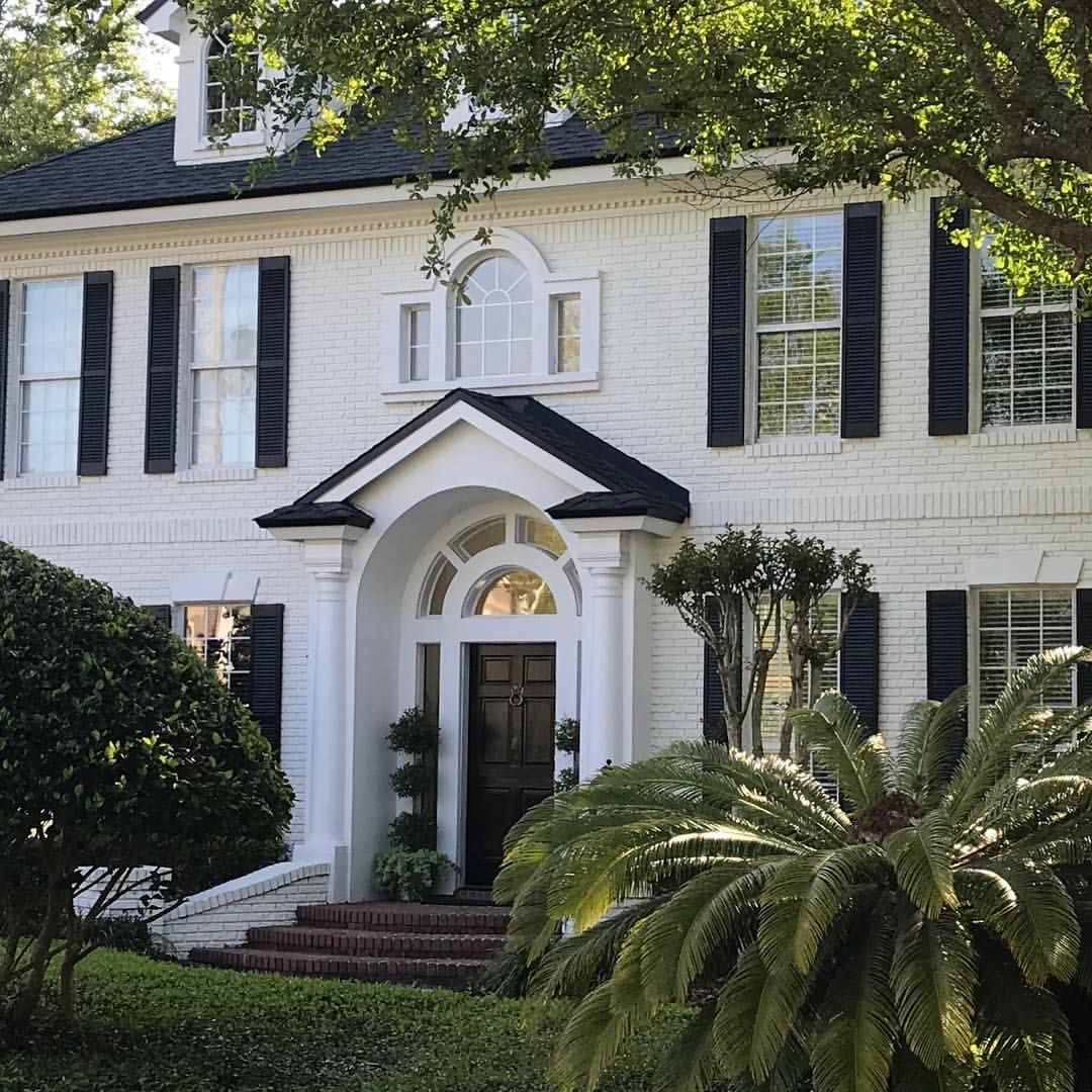 Brick White Dove Trim Super White Painted Brick House Colonial House Exteriors Brick Exterior House