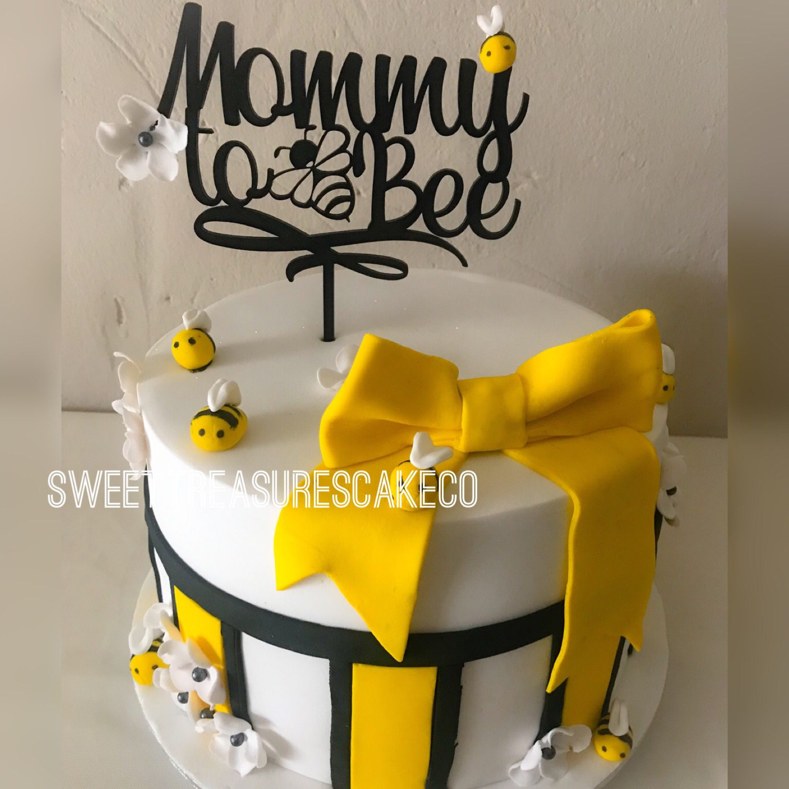 Mommy To Bee Babyshower Cake Sweettreasures