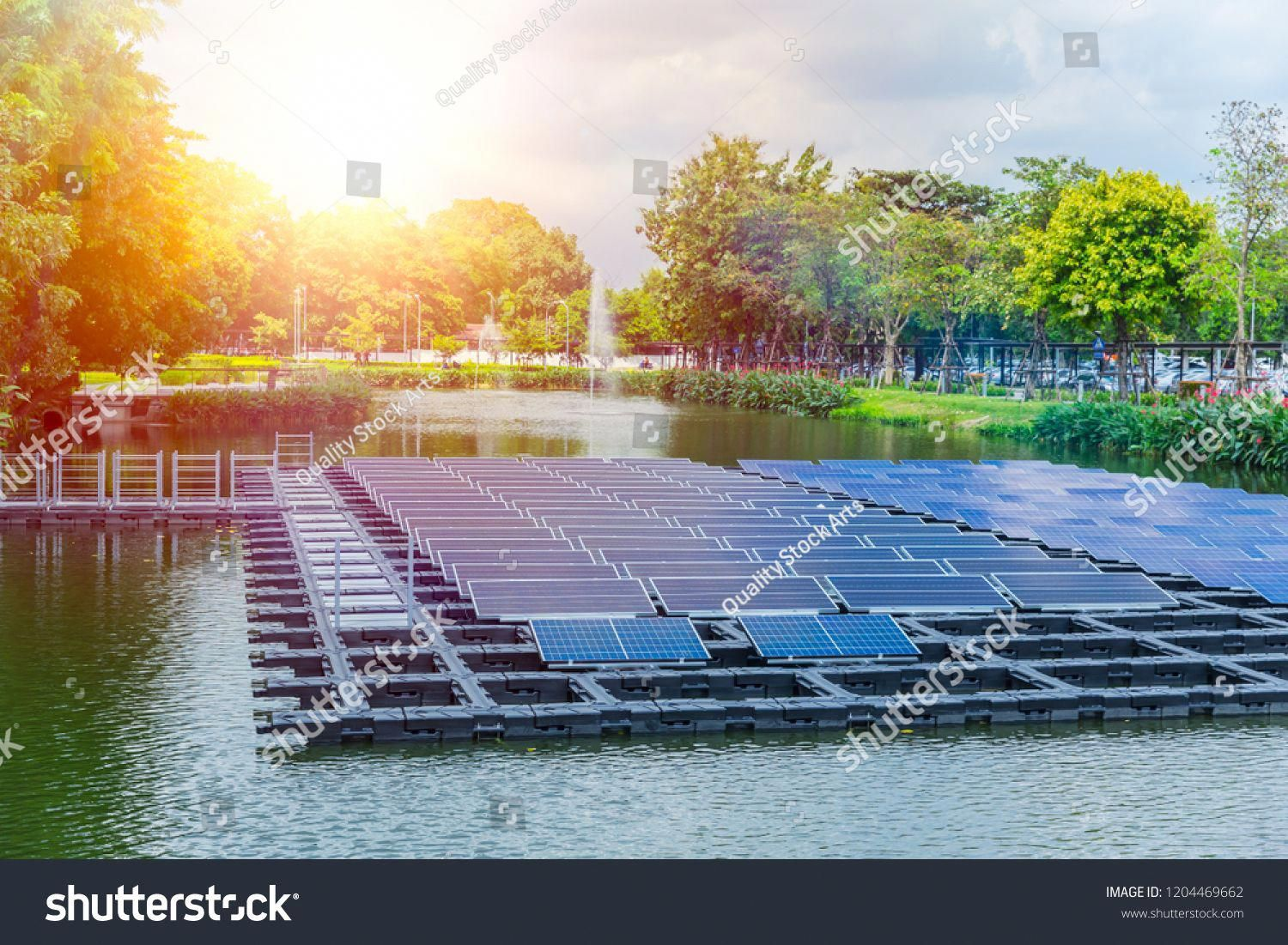 Floating Solar Panels Or Solar Cell Platform On The Water Lake Pond For Saving Energy Technology Innovation Royalty Free Image P In 2020 Solar Solar Cell Solar Panels
