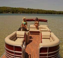 torch lake pontoon rentals