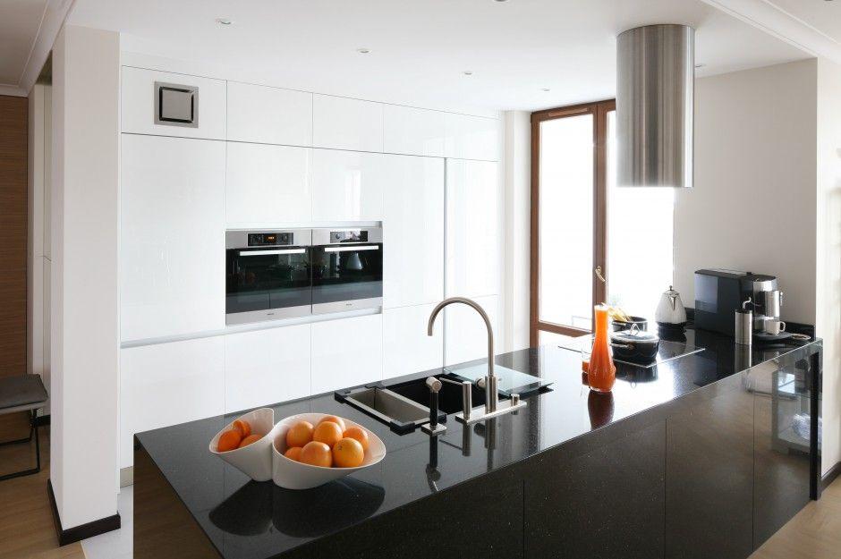 Bialo Czarne Kuchnie Eleganckie I Nowoczesne Zobaczcie Pomysly Architektow Home Decor Kitchen Decor