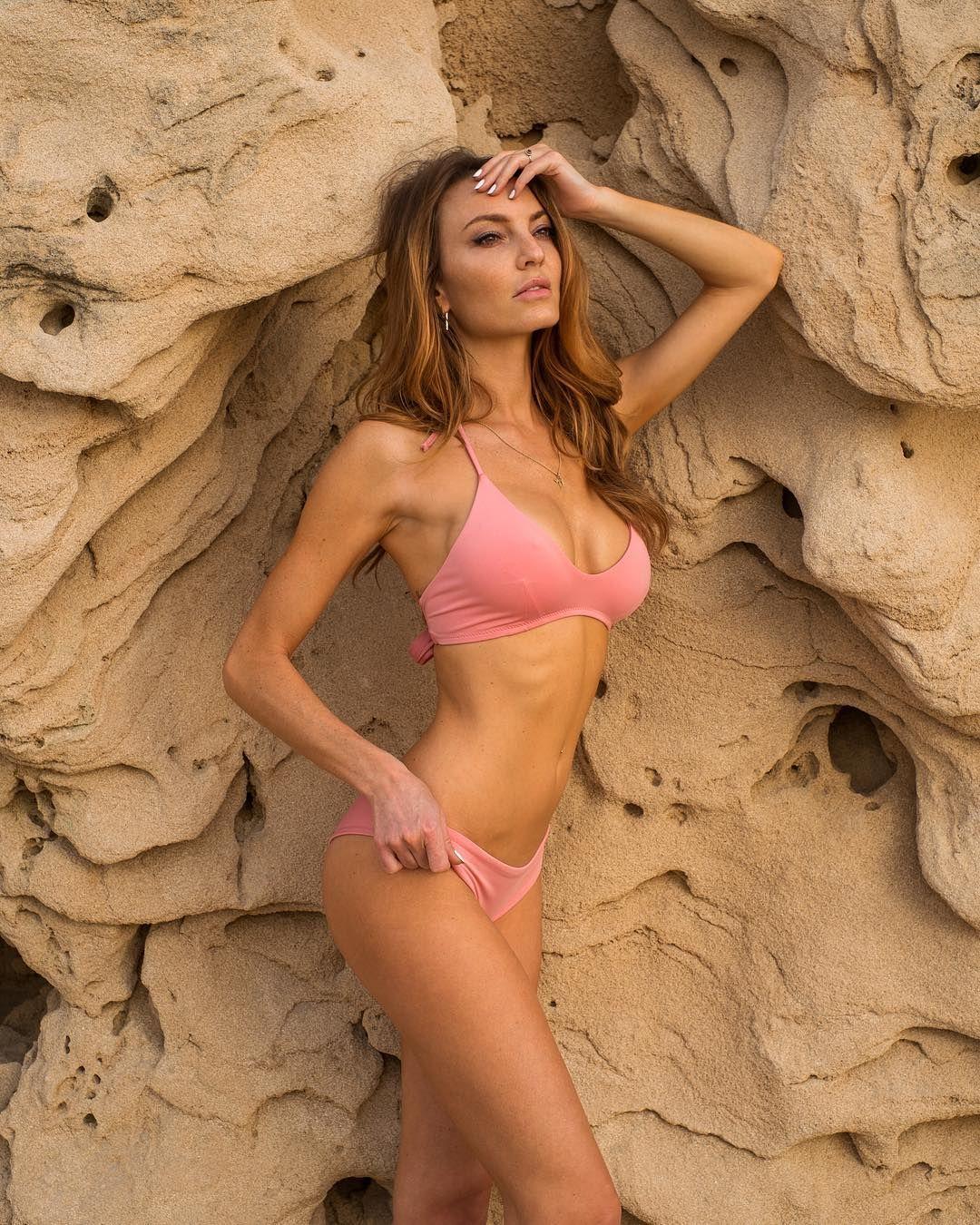 Jocelyn Binder Nude Photos 53