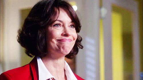 mary page keller haircut   09-01-2013   3N   posted by cptsrogers