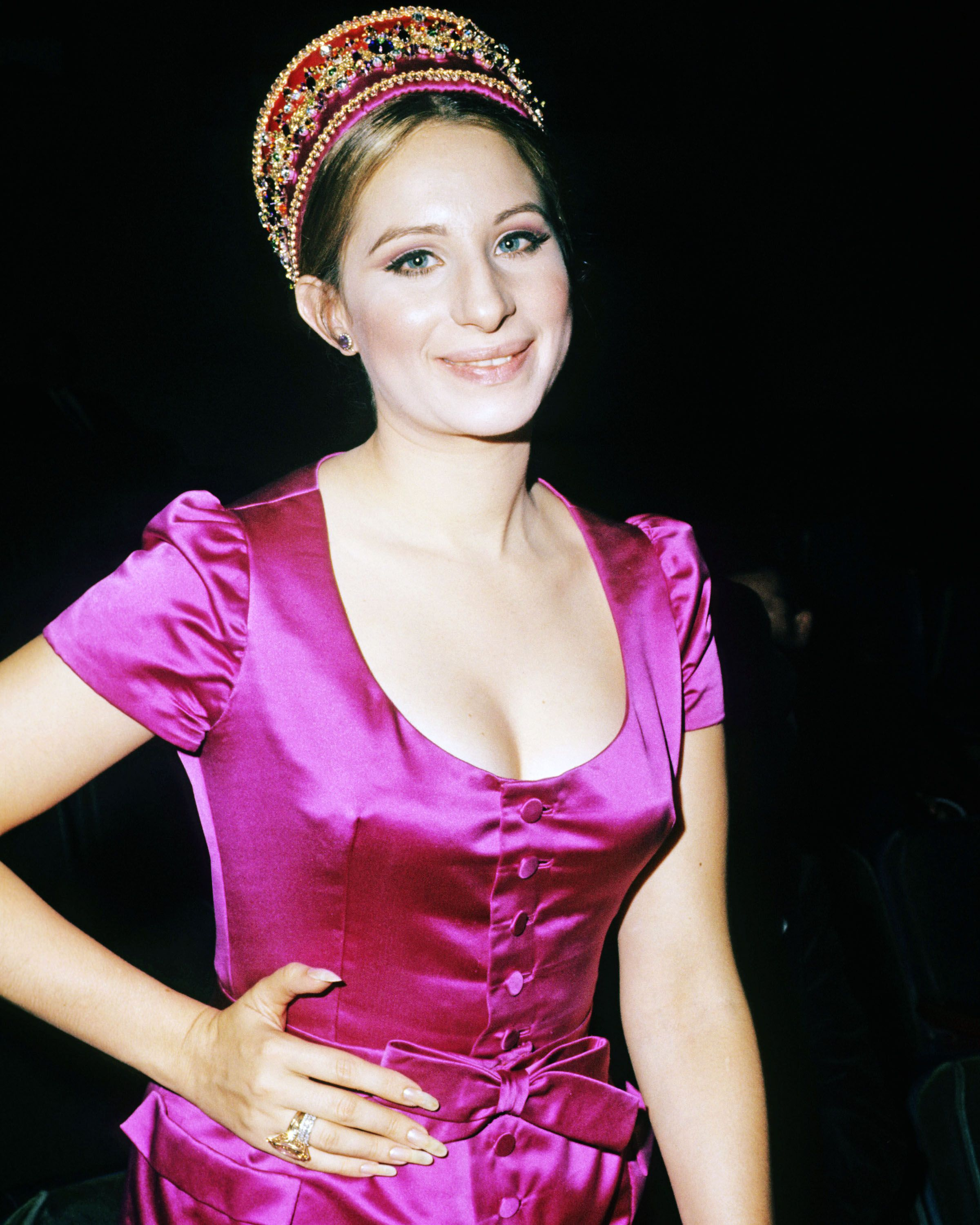 barbra+Streisand+fashion | Barbra Streisand: Broadway and Fashion Icon