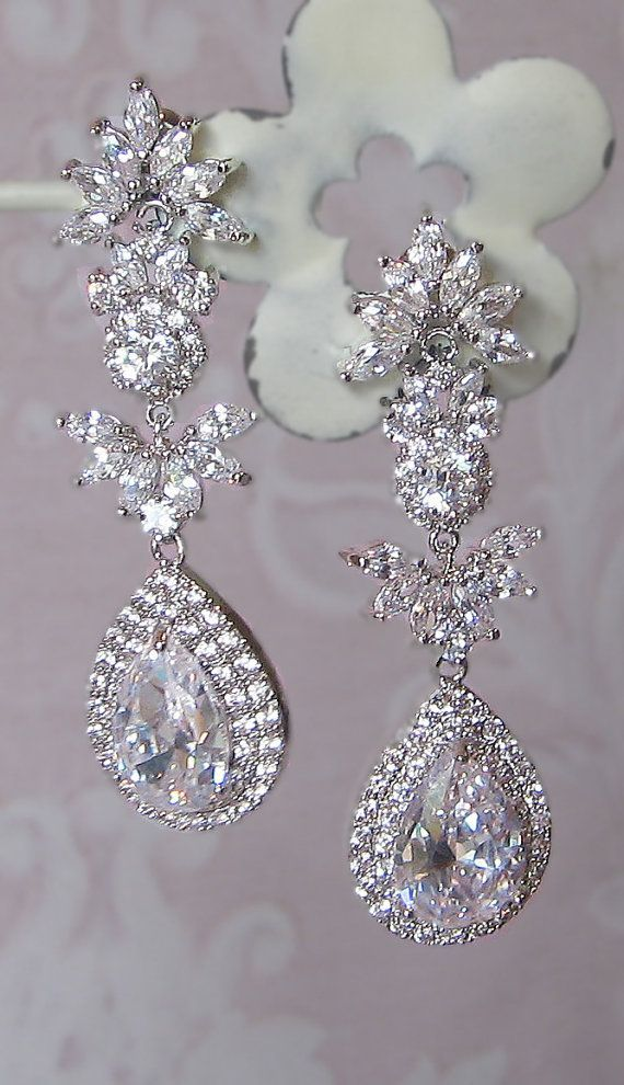 Stunning Crystal Chandelier Earrings Swarovski Rhinestone Bridal Vintage Style Leandra