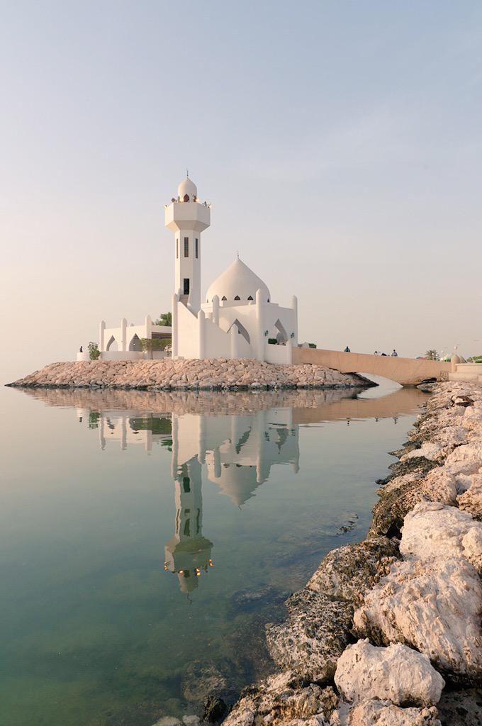 muslim culture on saudi arabia pinterest arabie. Black Bedroom Furniture Sets. Home Design Ideas