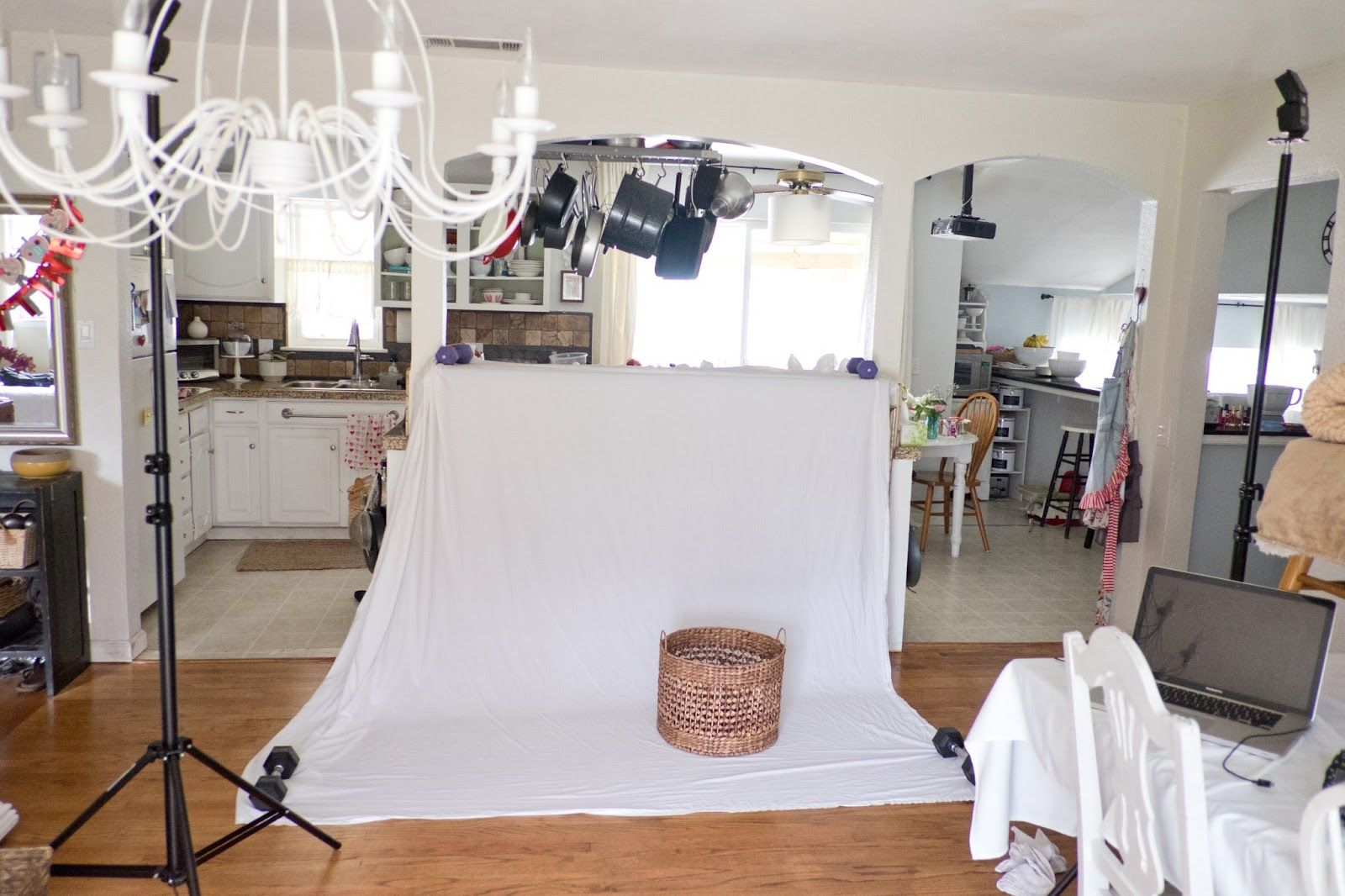 Fantastic In Home Photography Studio Ideas Model - Home Decorating ...