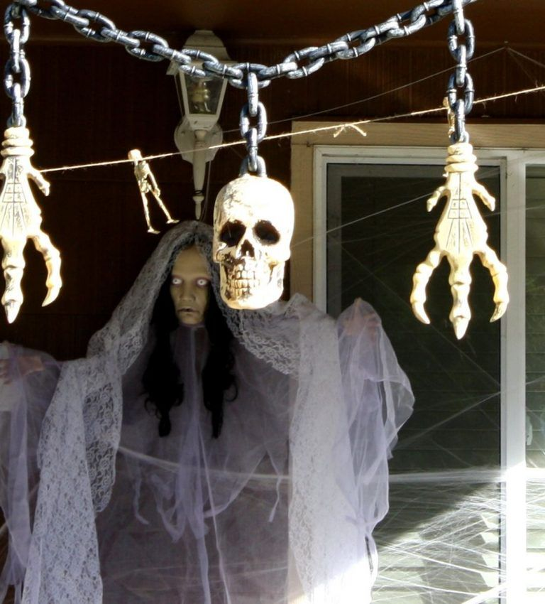 25 Most Scary DIY Halloween Decorating Ideas That Easy To