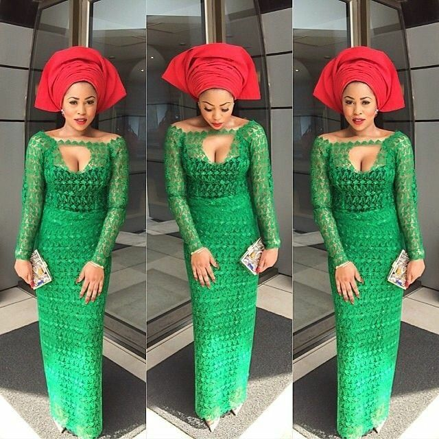 Nigerian wedding green & red aso-ebi colors