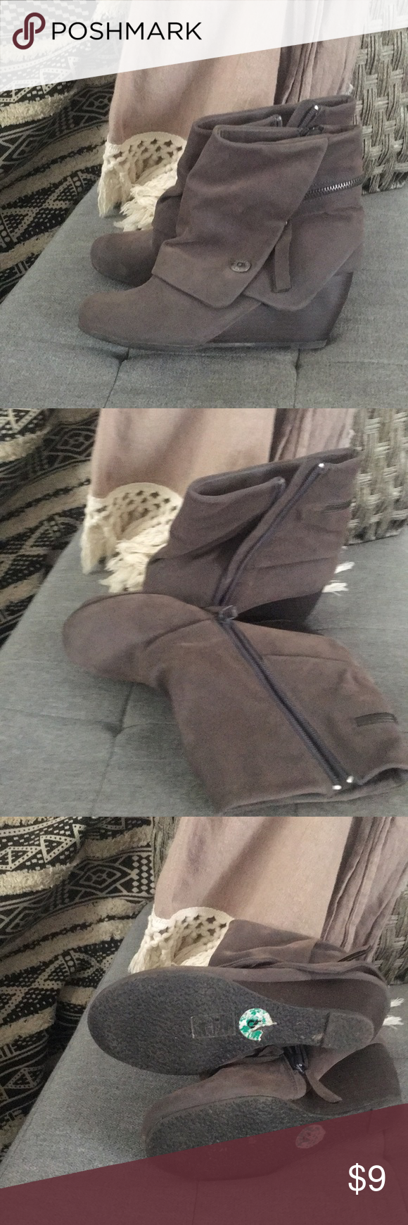 Cute ankle boots, dusty grey color Wedge boots, super cute with skinny jeans and over sized sweater. Blowfish Shoes Ankle Boots & Booties #skinnyjeansandankleboots