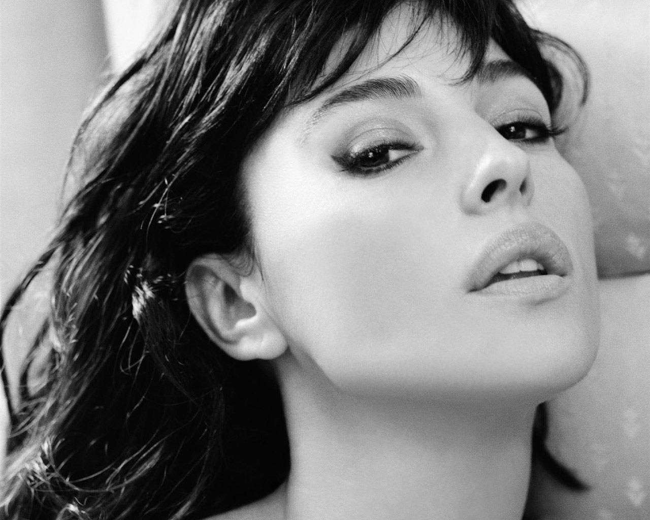 σέξι μαύρες φιλενάδες βίντεο πορνό ντε Κιμ καρντάσταν