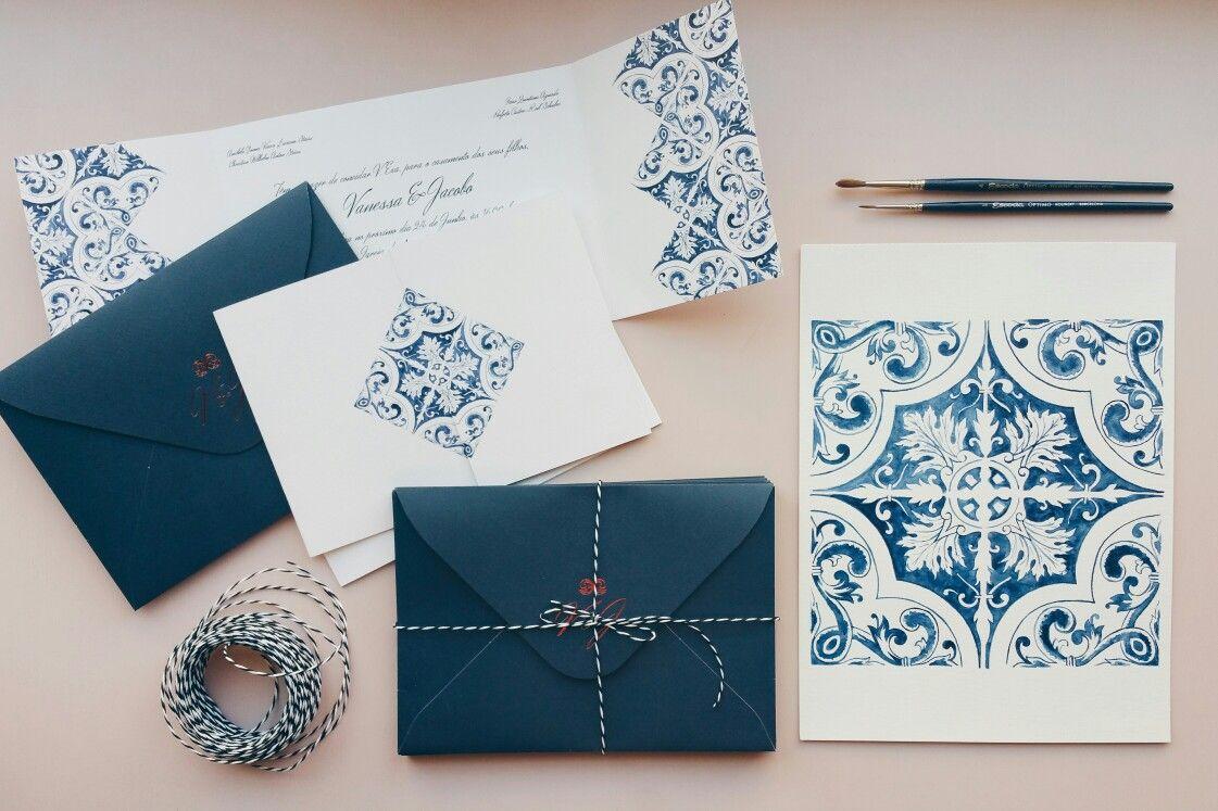 Invitaciones De Boda Con Azulejos En Acuarela Diseñadas Por Núria Galceran Www N Wedding Stationery Design Handpainted Wedding Invitations Classic Blue Wedding