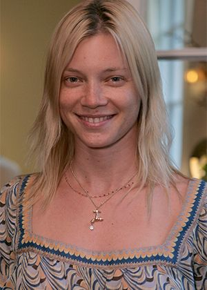 AMY SMART WITHOUT MAKEUP
