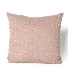 Køb Raul pudebetræk fra Aiayu hos Stilleben – Stilleben - køb design, keramik, smykker, tekstiler og grafik