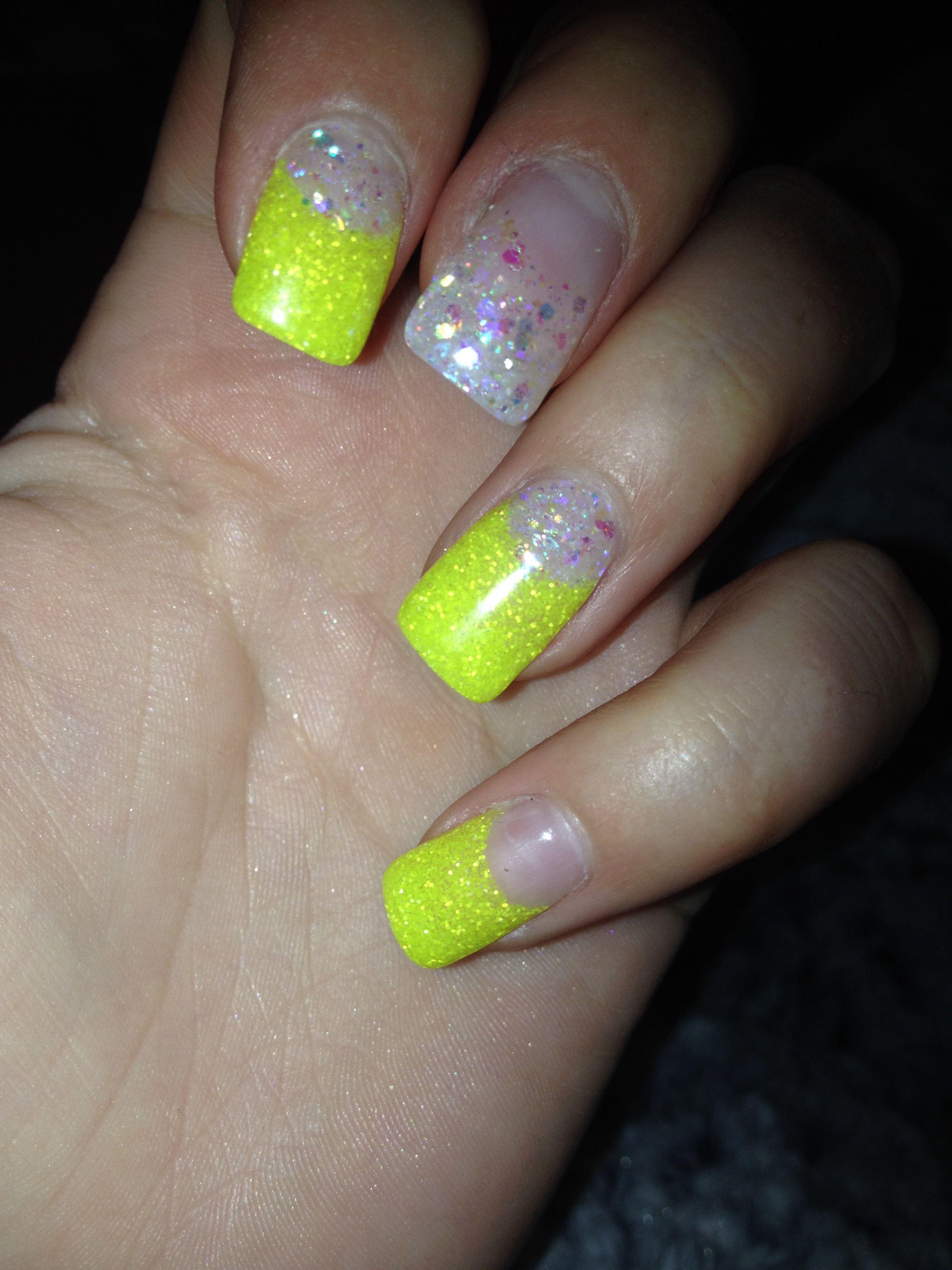 yellow nails :) #gelnails #yellow #sparkles #nailideas #nailart #nailfashion #cutenails #funnails #girlynails