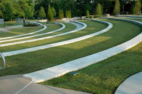 Life University - amphitheater (HGOR) | Parc urbain ...