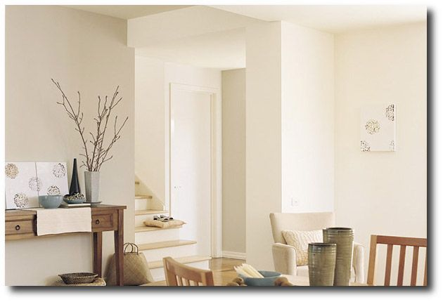 40 Tips How To Choose The Perfect White Paint Off White Paint Colors White Paint Colors Interior Wall Colors