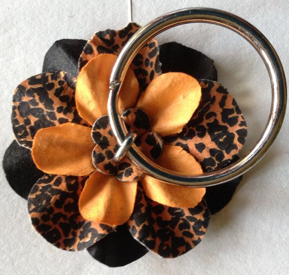 Artificial Cork Flower Keychains by CreationsbySNG on Etsy