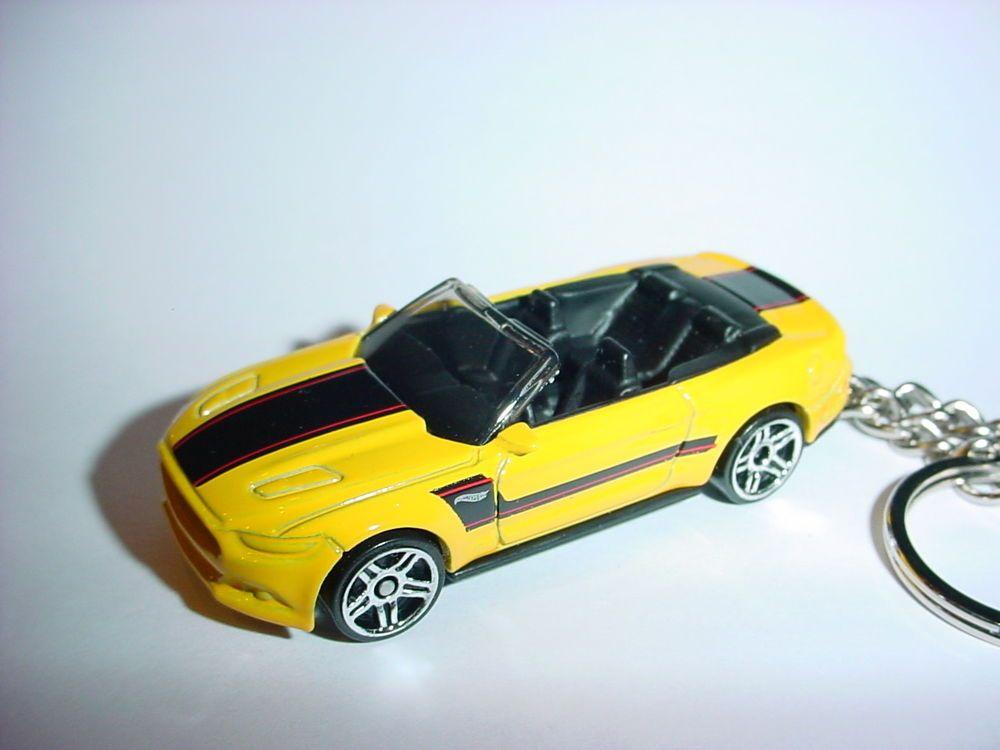 New 3d Yellow 2015 Ford Mustang Gt Custom Keychain Keyring Key