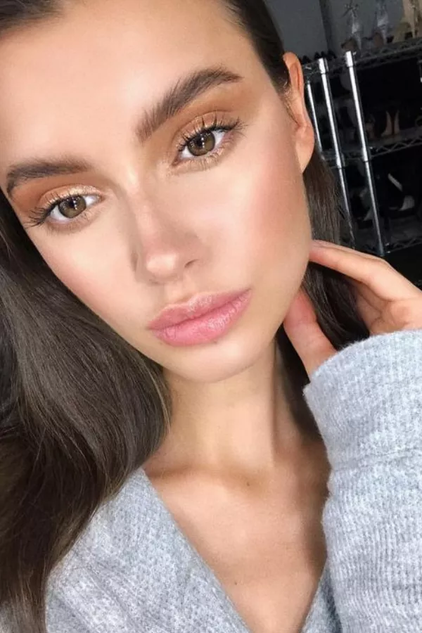 """6 Essential Elements to Rock The """"Natural"""" No Makeup Look"""
