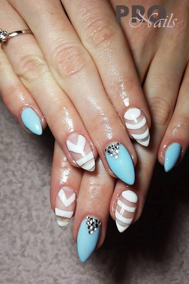by Sonia Wieczorek, Follow us on Pinterest. Find more inspiration at www.indigo-nails.com #nailart #nails #babyblue