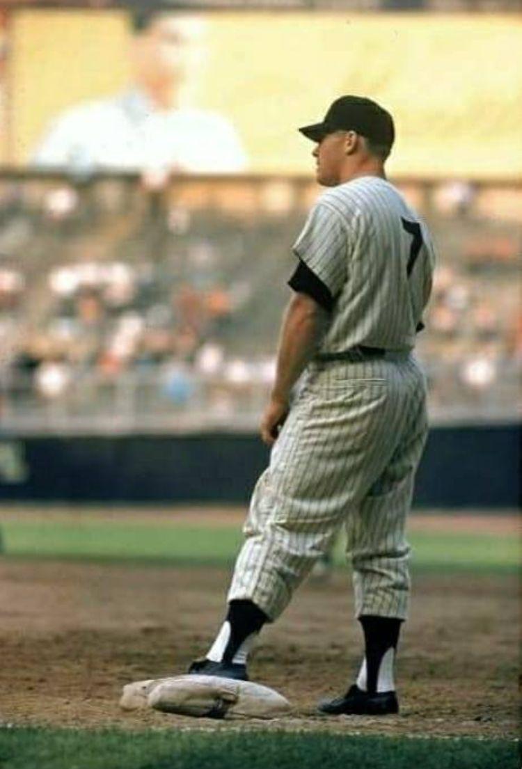Pin By Al Chailosky On Yankees Yankees Baseball New York Yankees Baseball Mlb Players